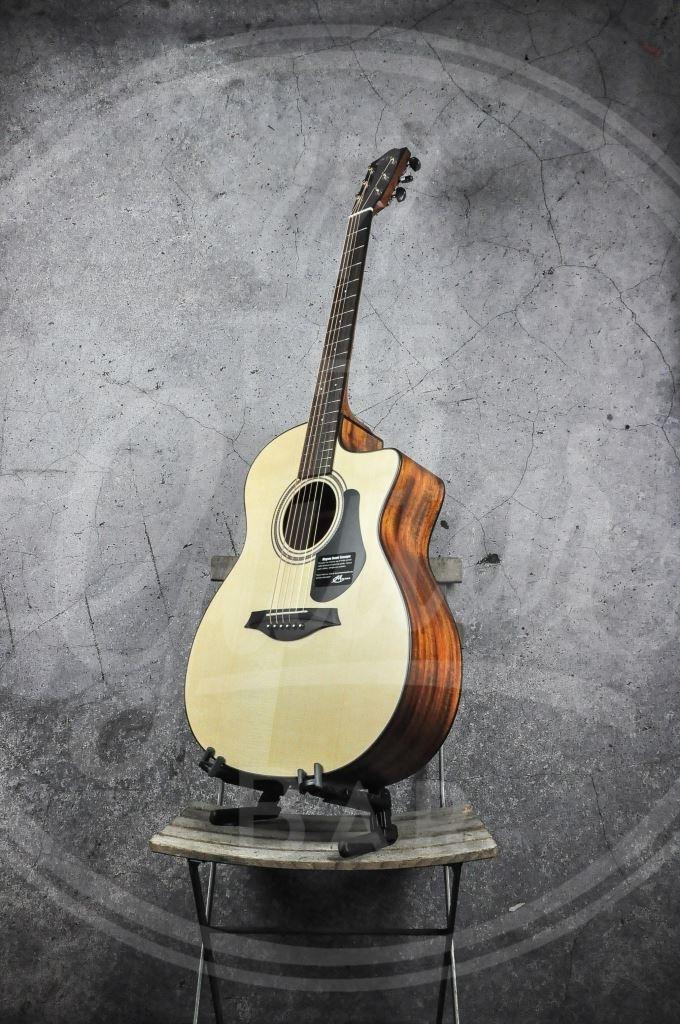 Mayson spruce/mahonie marquis model