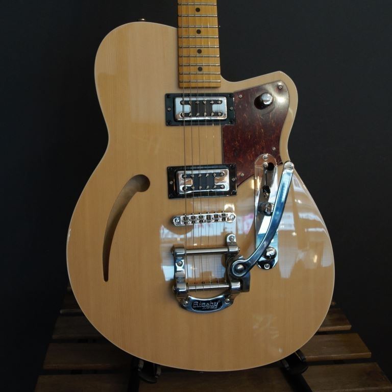 Reverend Clubking retrotron with Bigsby
