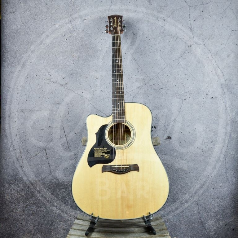 Richwood dreadnought lefthand EA solid top