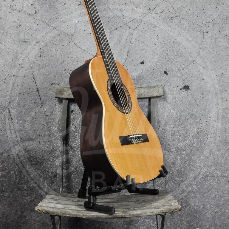 Almansa Open pore guitar cadette 401 OPen pore