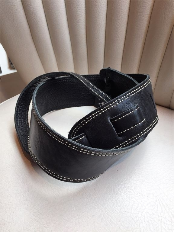 LM glove quality black
