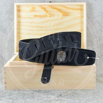 Gaucho strap padded suede black
