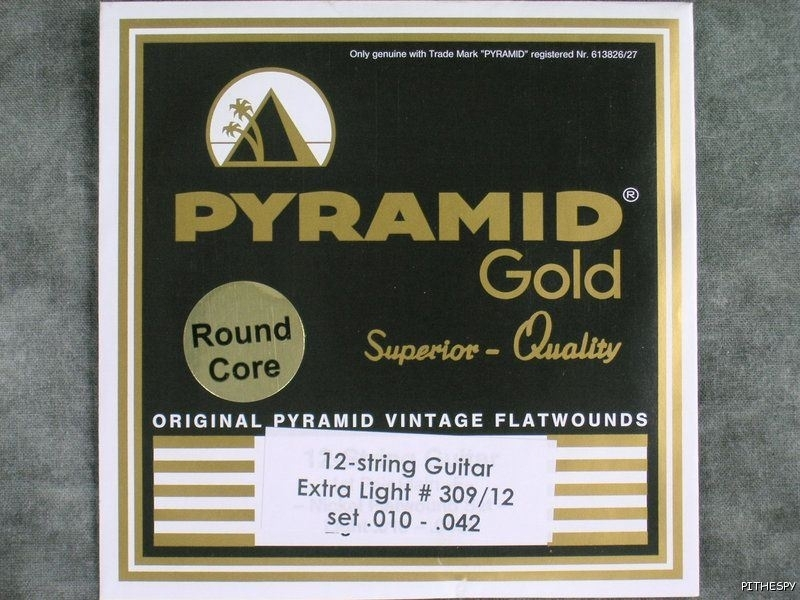 Pyramid Gold 12string Flatwound 1042