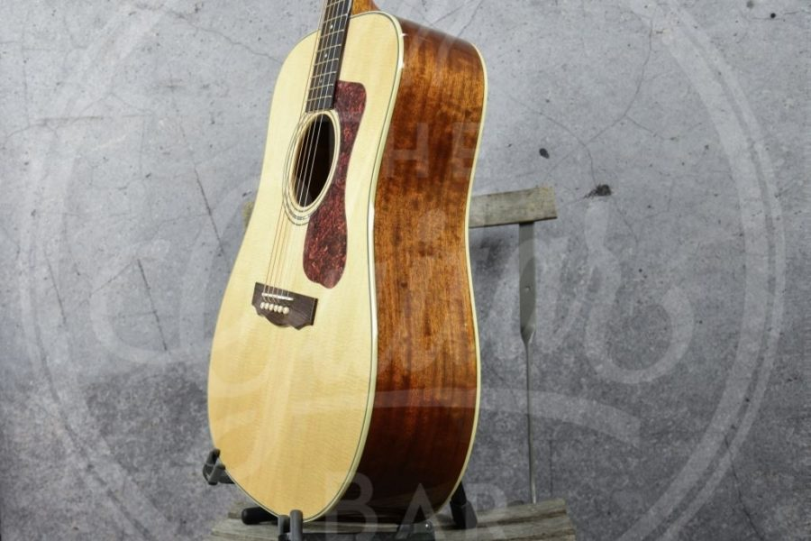 Guild Westerly series D-140 Dreadnought Natural
