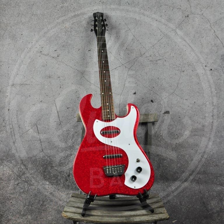 Danelectro 63 gitaar - Red Metal Flake