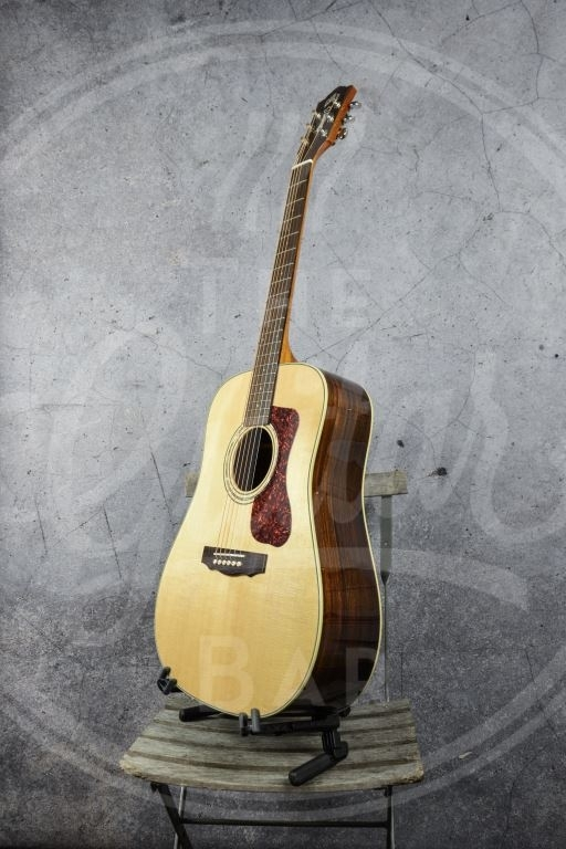 Guild Westerly series D-150 Dreadnought Natural
