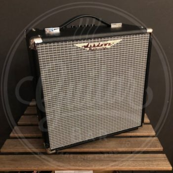 Ashdown studio 8 super lightweight 30w 1x8''