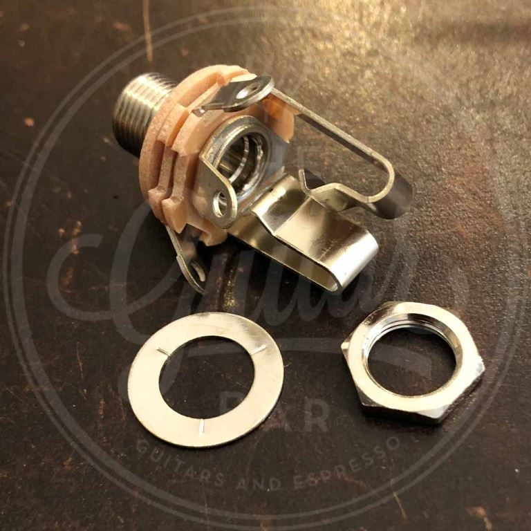 "Switchcraft connector jack 3-pole nickel 6.3mm 276 bushing dempth, 3/8"" 32 thread"