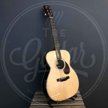 "Eastman Guitars E8OM 15"" Orchestra Model, Sitka Spruce, Rosewood w/Case"