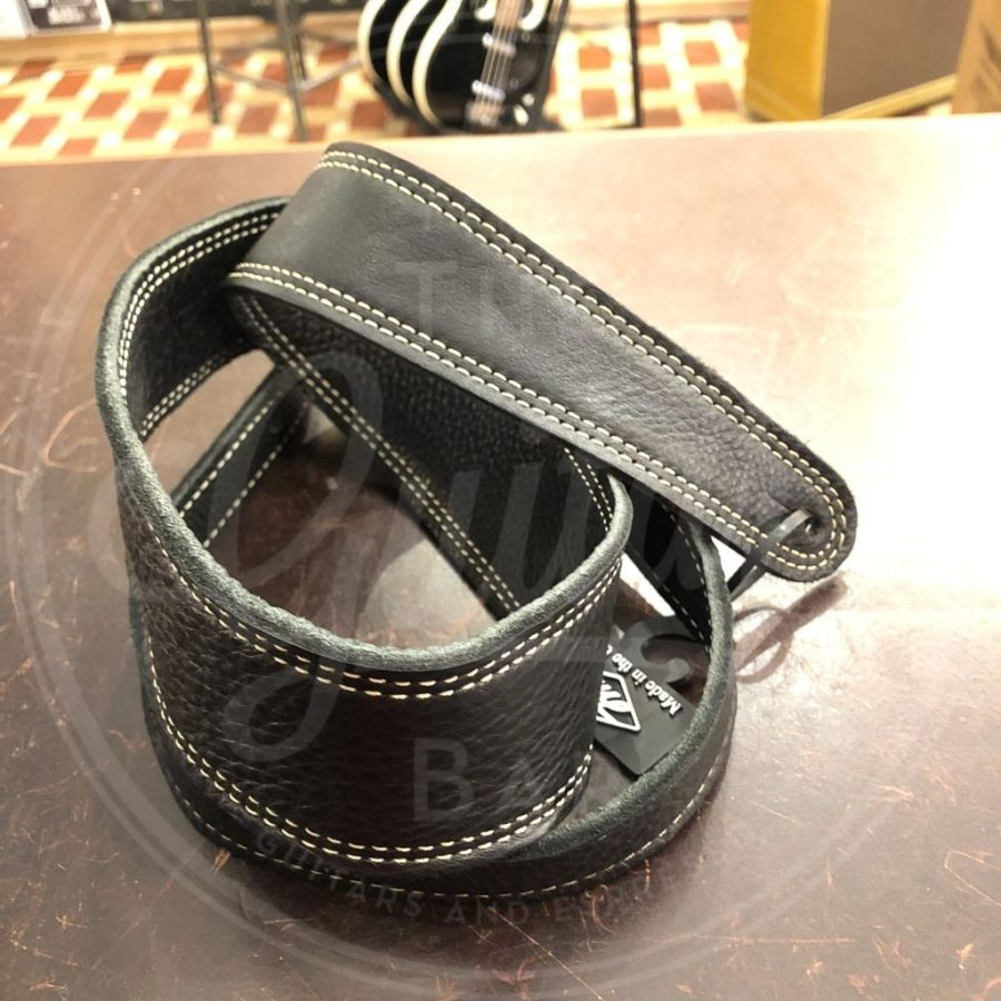 LM strap garment stage black