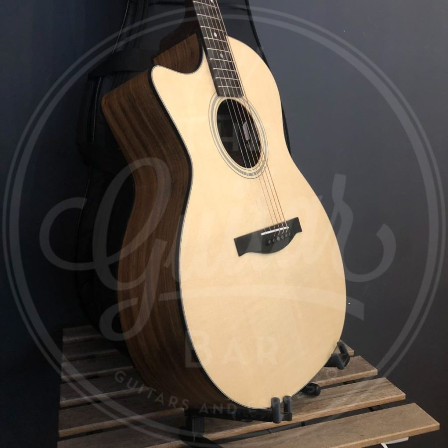 Eastman AC222LCE LH all solid Ovankol incl softcase