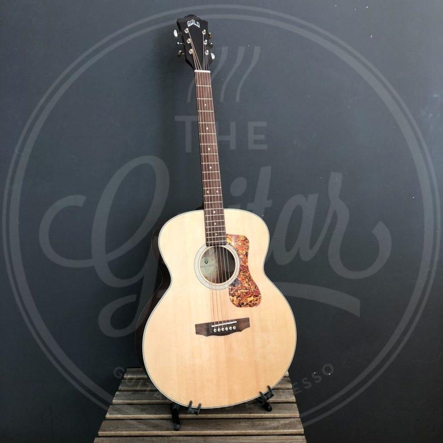 Guild BT-240E NAT 6-string baritone
